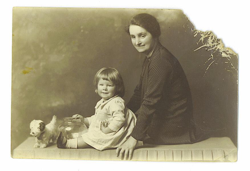 Emmie & Niece