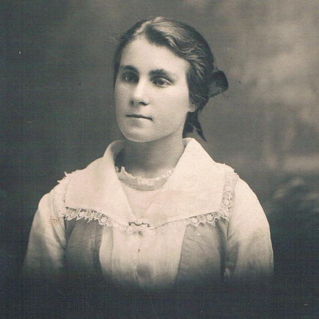 Grace Esther Wallace